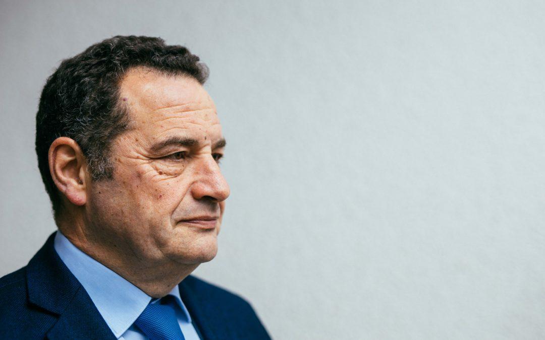Tours : le parti de Jean-Frédéric Poisson investit des candidats en vue des régionales | Valeurs Actuelles